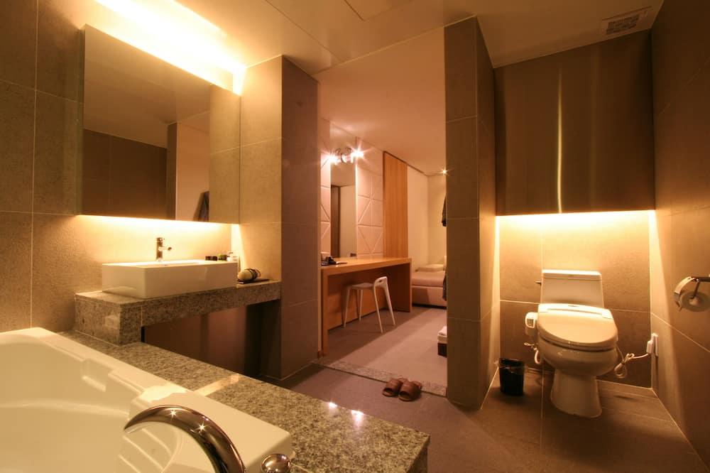 ห้องพรีเมียม - ห้องน้ำ