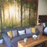 Studio (Studio South) - Living Area