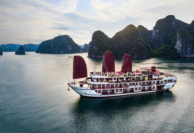 Alisa Luxury Cruise, Ha Long