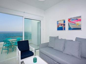 Φωτογραφία του Limassol on the Beach Apartment, Λεμεσός
