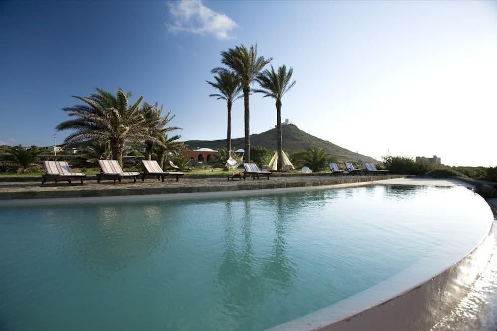 Zubebi Resort