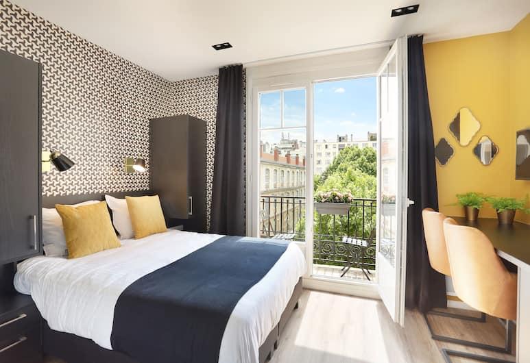 Short Stay Group Eiffel Village Serviced Apartments, Paris