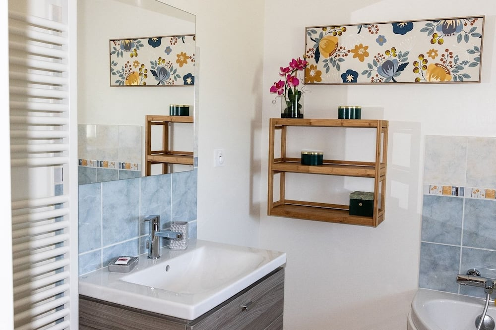 Kır Evi, Banyolu/Duşlu, Bahçe Manzaralı - Banyo
