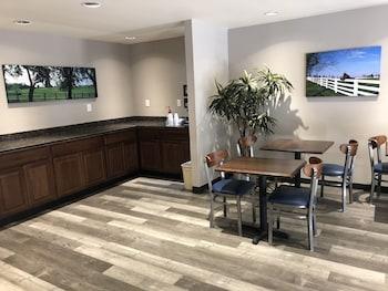 תמונה של DuPont Suites בלואיוויל
