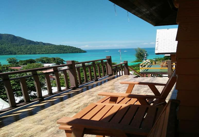 Phitharom PP Resort, Ko Phi Phi, Terrace/Patio