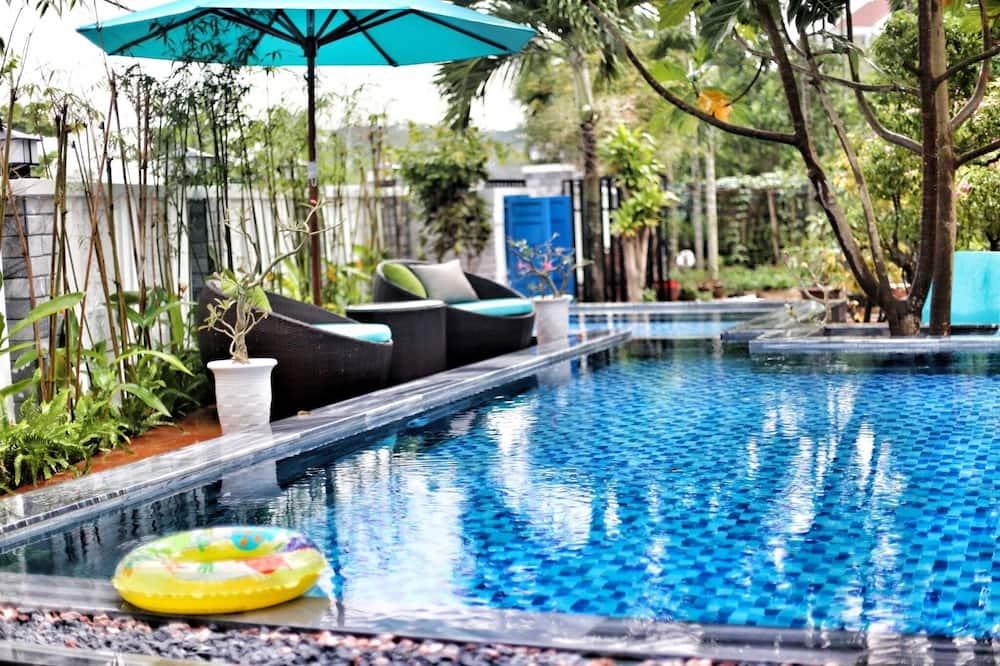 Deluxe Single Room, Smoking, Garden View - Outdoor Pool