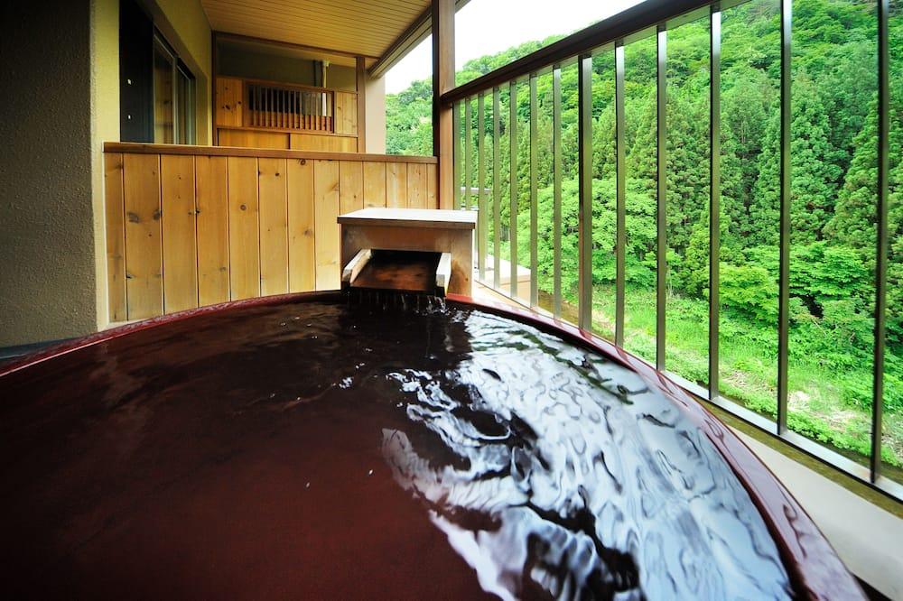 Superior Room with Tatami Area & Open-Air Bath, Non Smoking - Bathroom