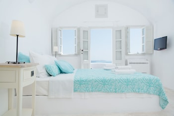 Picture of Nostos Apartments in Santorini
