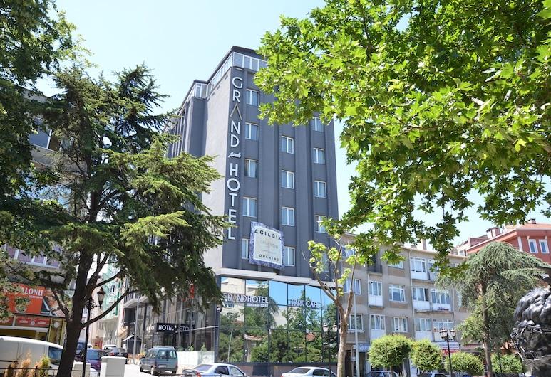 庫魯公園大酒店, 喬爾盧