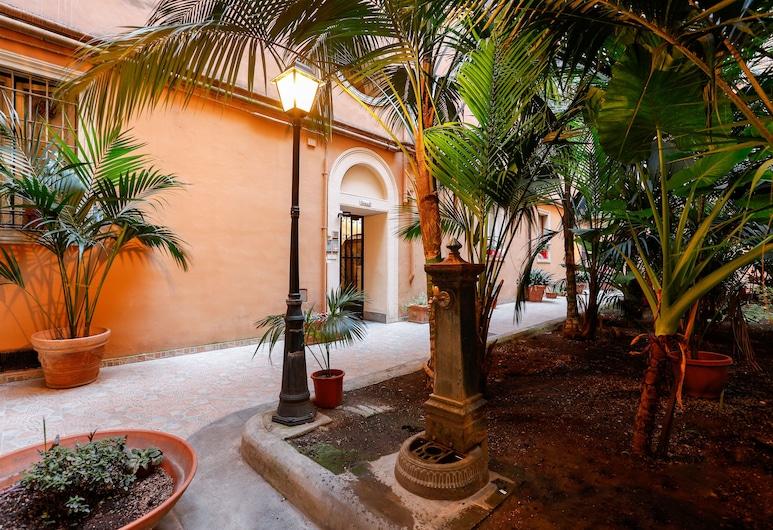 瓦內拉羅馬多莫斯酒店, 羅馬, 花園
