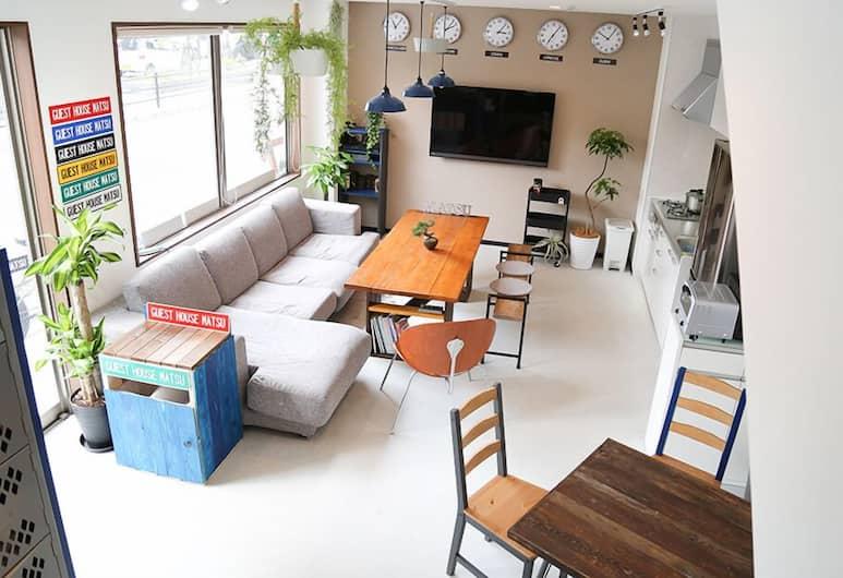 等待旅館 - 青年旅舍, 大阪, 共用宿舍, 僅限女士 ( 2F ), 客廳