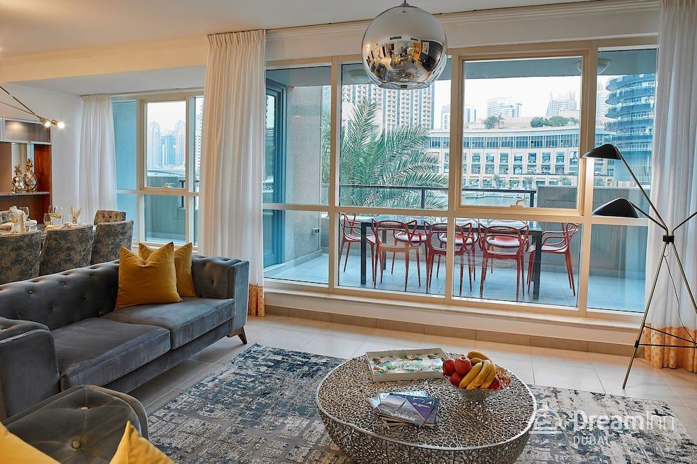 Apartment, 4 Bedrooms, Marina View - Living Room