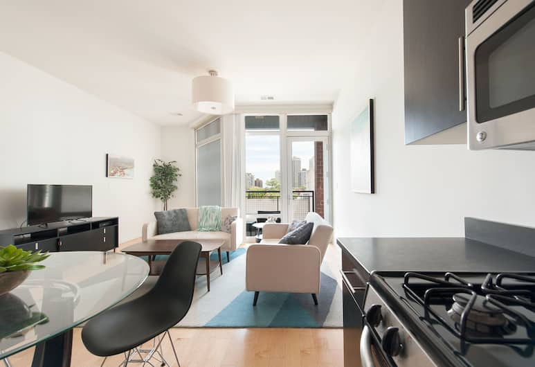 Vibrant Lincoln Park Suites by Sonder, Chicago, Comfort Apartment, 2 Bedrooms, Room