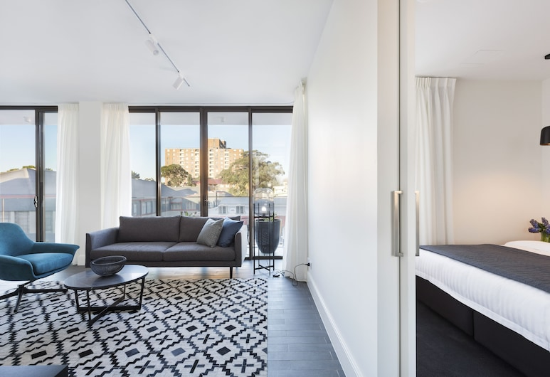 Botanik Apartment Hotel, Surry Hills, Apartment, 3 Bedrooms, Living Area