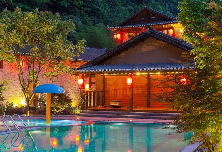 陽朔エンシェント ガーデン ブティック ホテル (阳朔墨兰山舍酒店), 桂林, プール