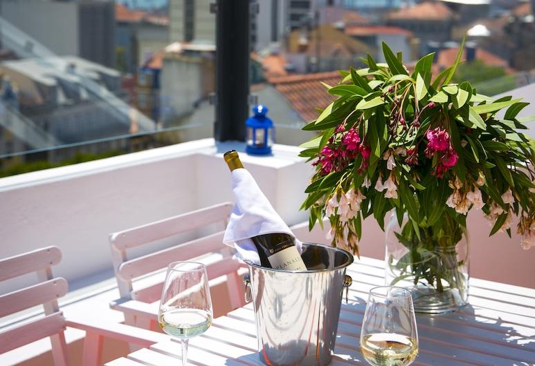 54 Santa Catarina Boutique Aparthotel, Lisbonne, Penthouse Deluxe, 1 chambre, terrasse, vue ville, Balcon