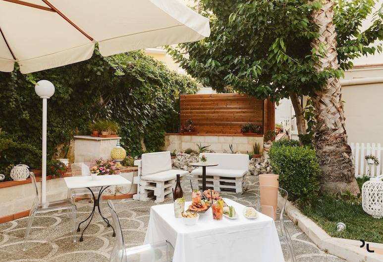 Residenza del Monaco Bianco, Matera, Outdoor Dining