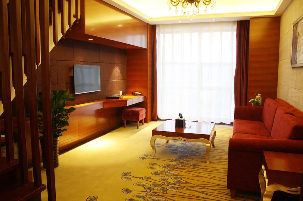 Loft Suite - Living Area