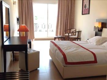 莫納斯提爾尼洛里亞酒店的圖片