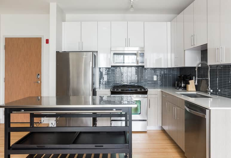 Sonder - Seaport District, Boston, Business Apartment, 1 Bedroom, Private kitchen