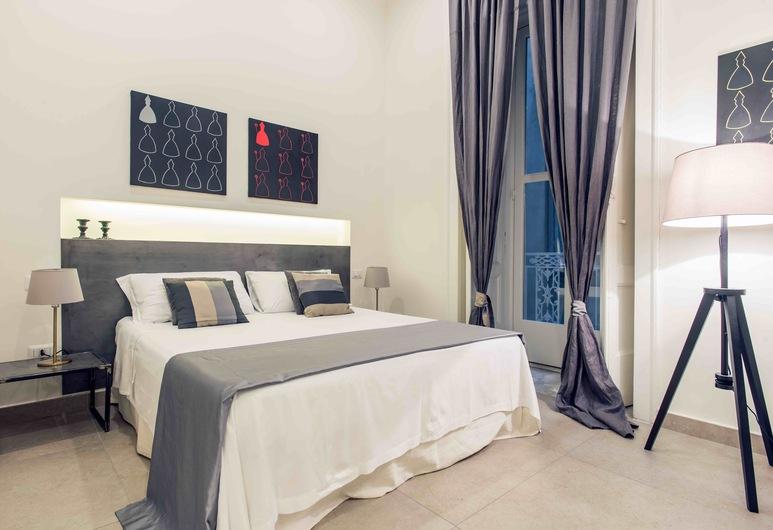 Duomo 64 Apartments, Napels, Deluxe appartement, 2 slaapkamers, kitchenette, Uitzicht op de stad, Kamer