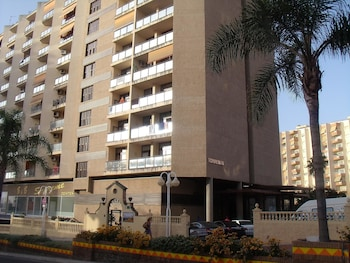 Picture of Apartamentos Puerto Marina in Benalmadena