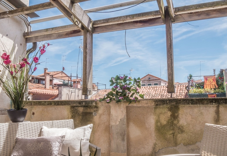 San Marco Palace Canal View, Venice, Apartment, 5 Bedrooms (Check-in location Santa Croce 515), Terrace/Patio