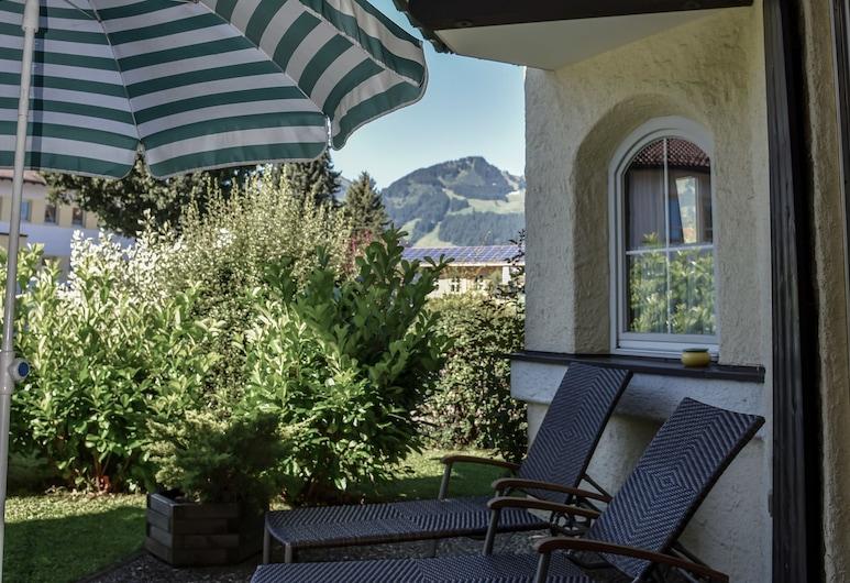 Allgäu Residenz, Fischen im Allgäu, Condominio Confort, 1 habitación, terraza, vista a la montaña (01 | landLIEBE), Terraza o patio