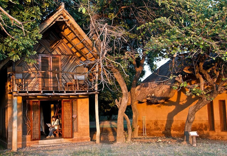 Track and Trail River Camp, South Luangwa National Park, Family Double Room, River View, Room