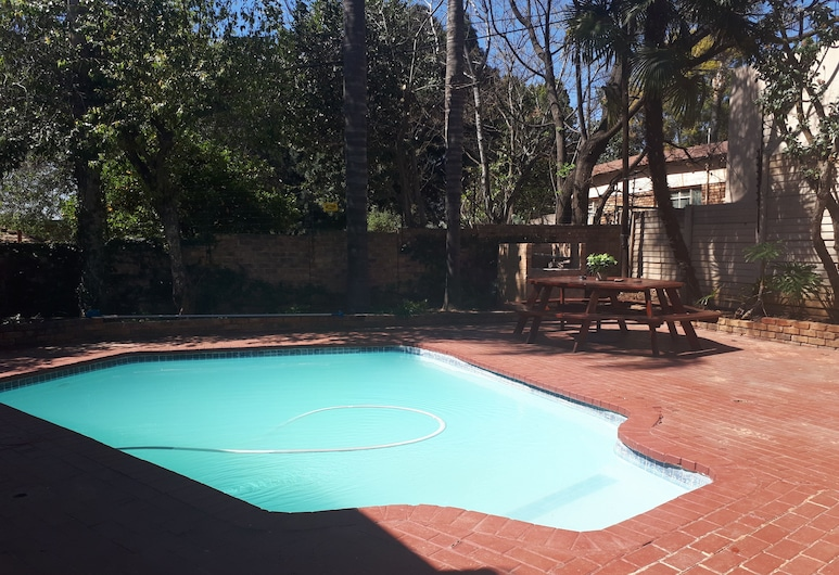 PTA East Guest Rooms, Pretoria, Piscine en plein air