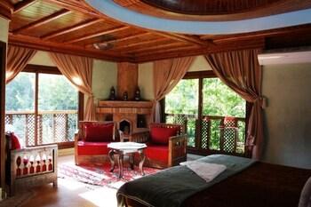 艾斯尼伊姆利勒里亞德納恩酒店的圖片
