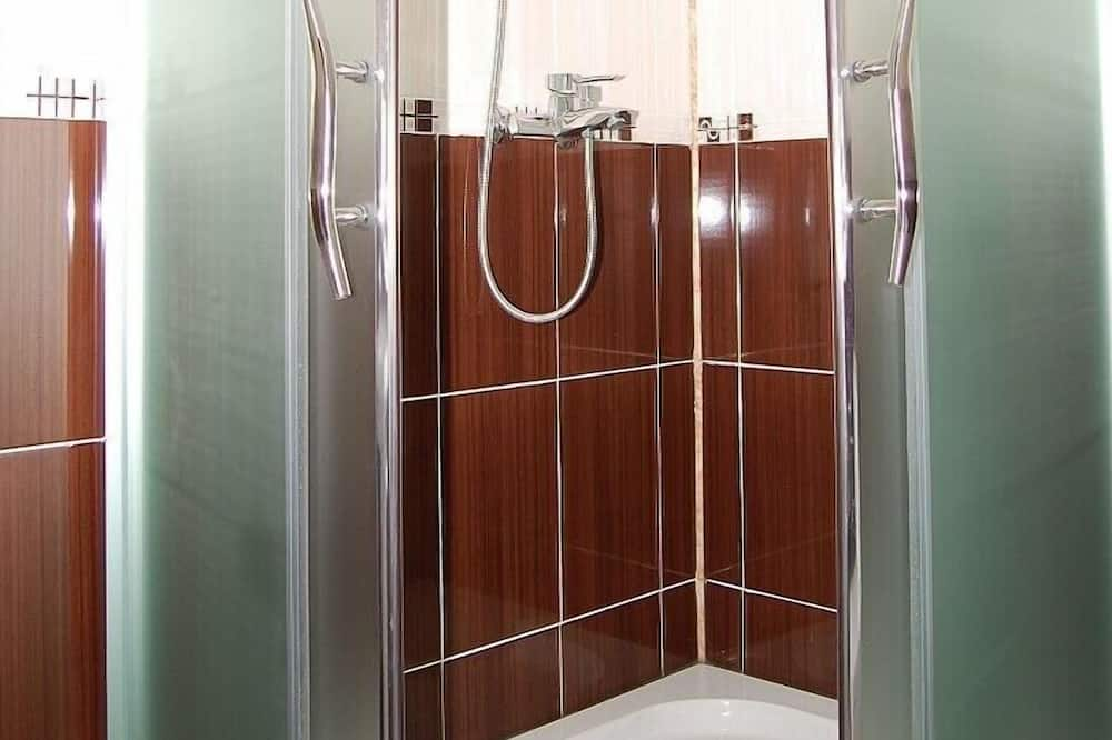 Habitación doble estándar - Regadera en el baño