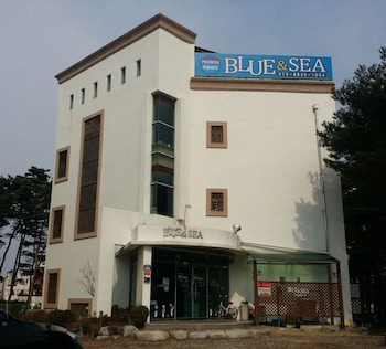 Picture of BLUE & SEA in Yangyang