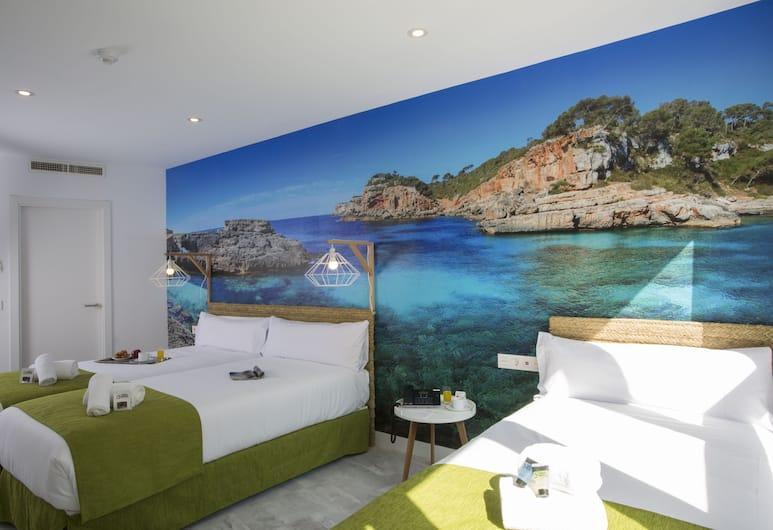 Casual del Mar Málaga, Málaga, Classic Triple Room, Guest Room