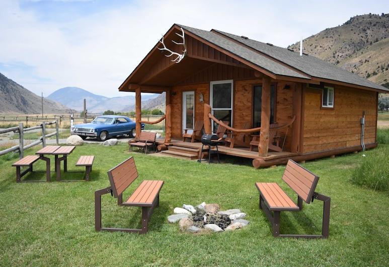 Electric Peak Cabin at Yellowstone Park, Гардинер