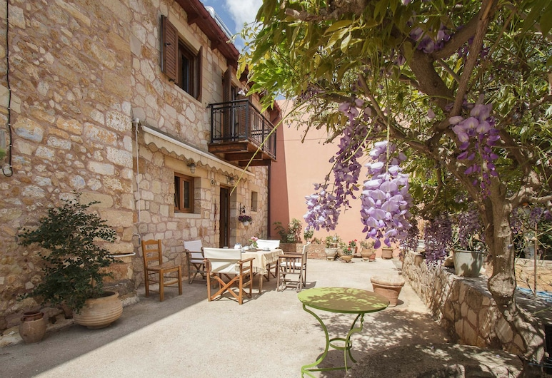 Traditional Elegant Cretan Mansion, Chania