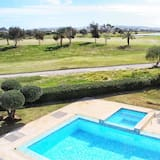 Luxury Villa on Golf Course by Beach - Resort Like Living