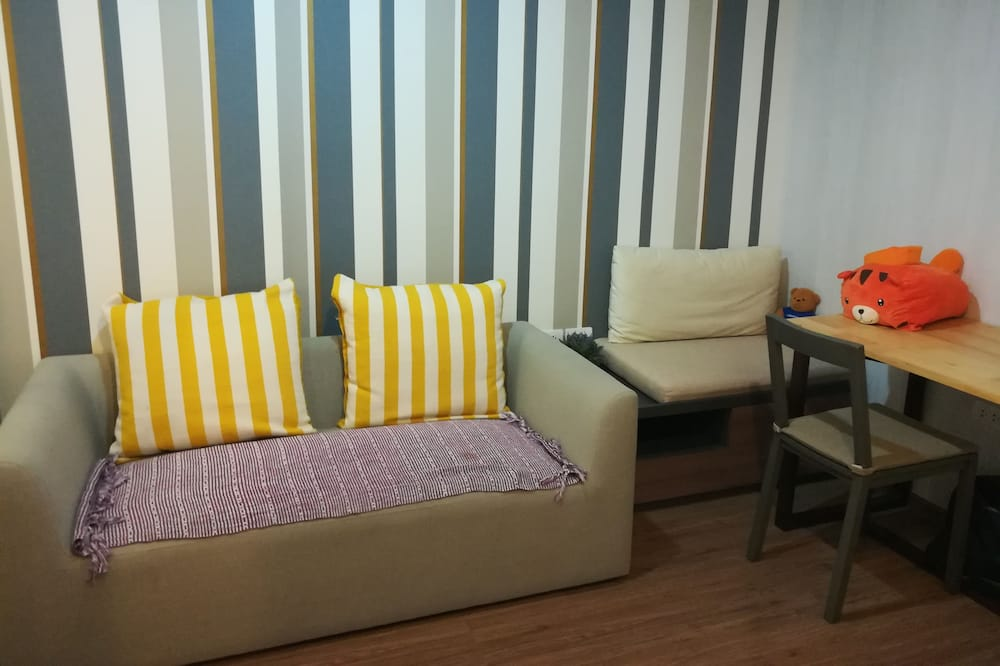 1-Bedroom Apartment - Bilik Rehat