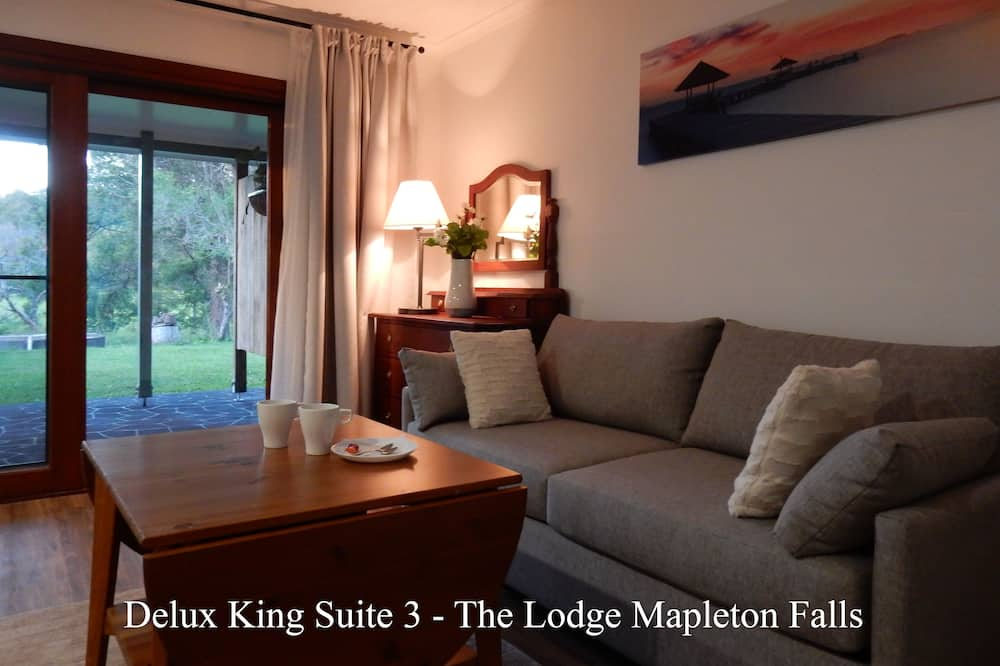 Suite 3 - Superior King Bed - Living Area