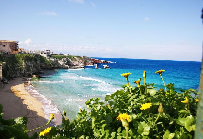 Calarossa Vacaciones gran apartamento, brillante, panorámica en el corazón del país, Terrasini, Playa