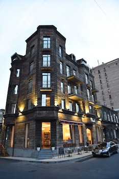 Enter your dates to get the Yerevan hotel deal