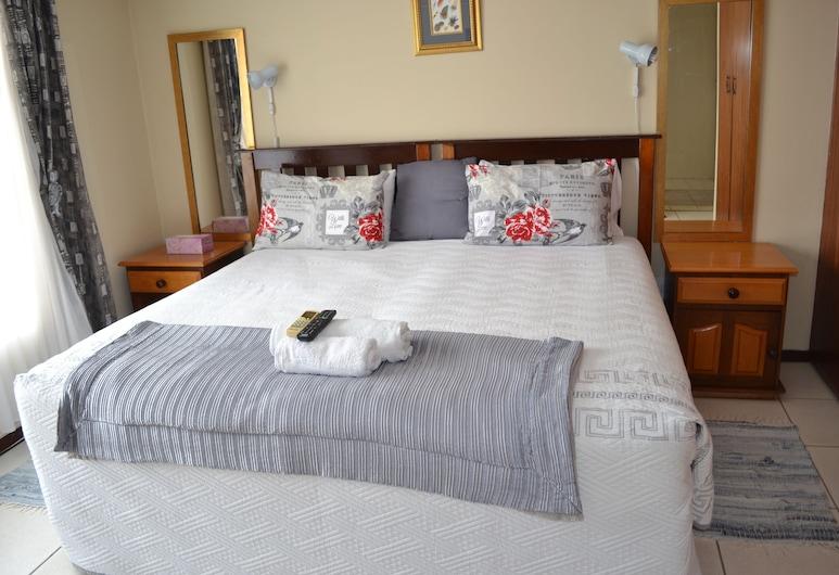 Kamogelo Guest House, Moses Kotane, Luxury Room, 1 King Bed, Guest Room