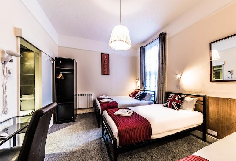 Hellenic Hotel London by Saba, London, Vierbettzimmer, eigenes Bad, Zimmer