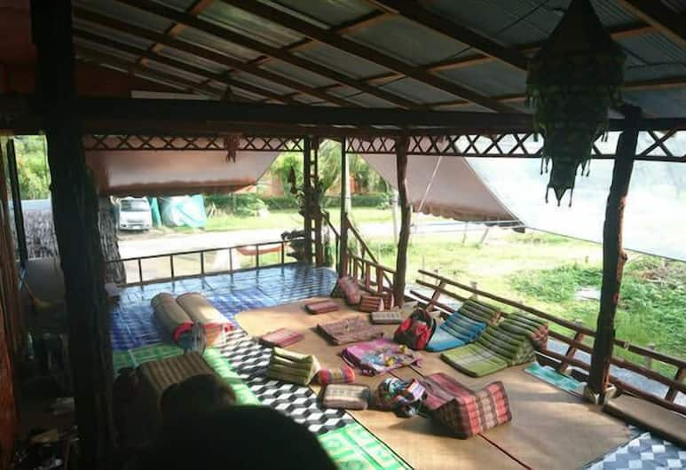 The Lazy Bar And Guesthouse, Krabi