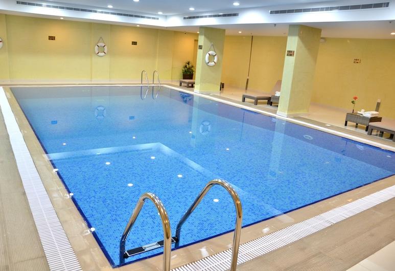Clemence Hotel Suites, Riyadh, Indoor Pool