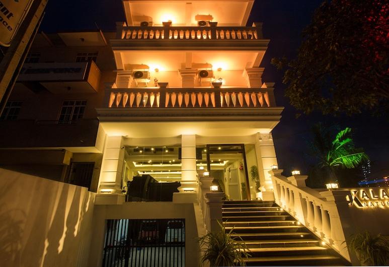 Lindaura Lagoon, Negombo, Hotel Front