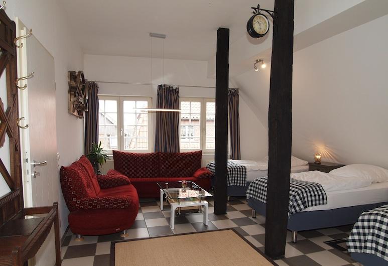 Amazing and Historical Apartment # 2, Sendenhorst, Room