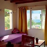 Familie bungalow, 2 slaapkamers, privébadkamer, uitzicht op bergen - Woonruimte
