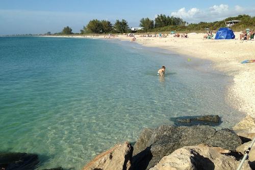 日当たりの良いプライベートコキーナコテージ、ノコミスビーチガルフビーチまで2分
