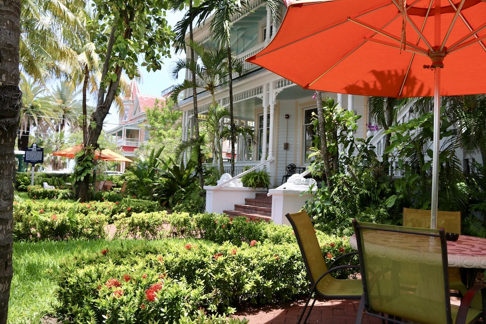 Southernmost Point Guest House, Key West